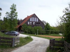 Jugendcamp_Tageshaus.bmp